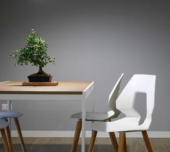 Für ein harmonisches zu Hause - Möbel nach Maß (Foto: Davide Cantelli, unsplash.com)